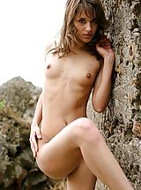 Small Titties, Inez - Waiting for the Summer