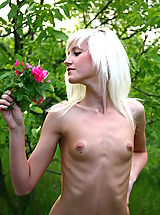 Tiny Boobs, Very skinny blonde girl poses naked and shows her small tits during outdoor showoff.