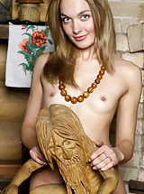 Hard Nipples, Lilya | Casita